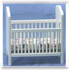 Dollhouse Fancy White Crib